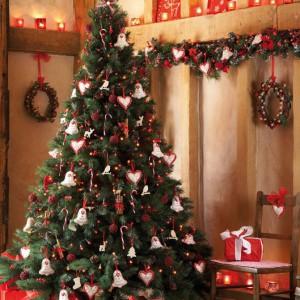scandi-chic-living-room-christmas-decorating-ideas-christmas