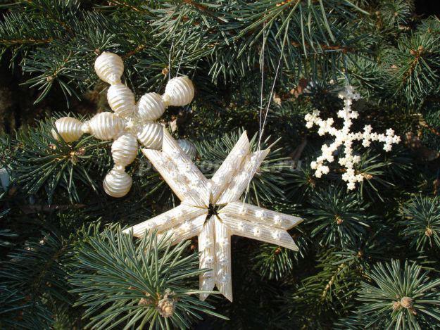снежинки из макаронных изделий