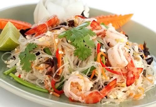 Новогодний салат Морской коктейль