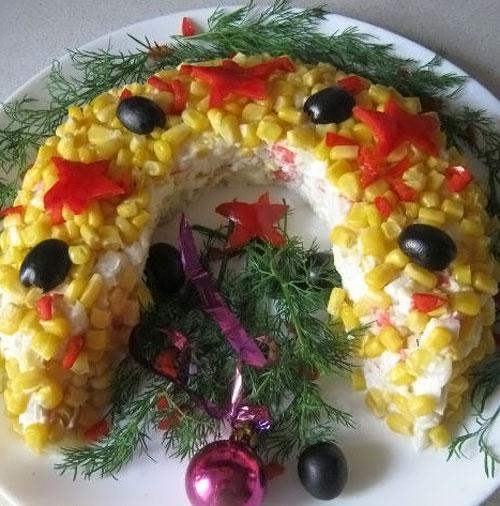 Новогодний салат Подкова на счастье
