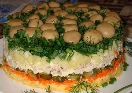Новогодний салат Лесная поляна