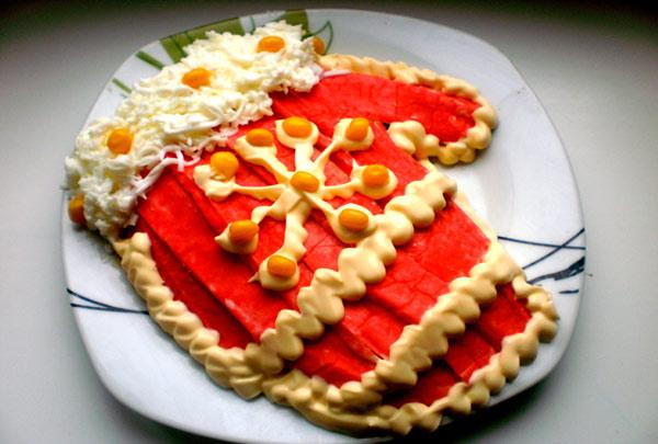 rybnyj-salat-na-novyj-god-varezhka-3