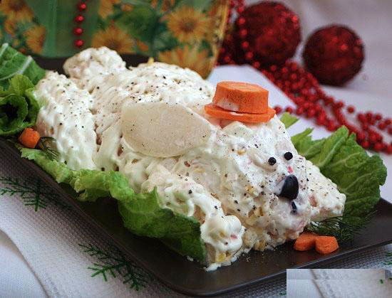 salat-sobaka-na-novyj-god-2018-varianty-oformleniya-s-foto-6
