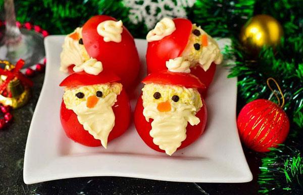 farshirovannye-pomidory-sobranie-dedov-morozov-2