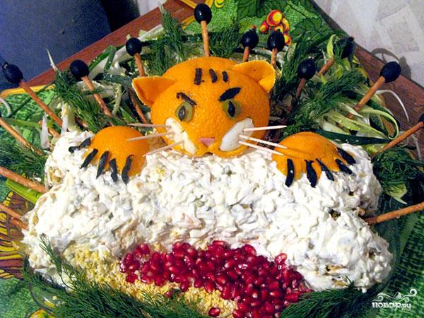 salat-na-novyj-god-tigra-2022-recepty-i-foto-oformleniya-4